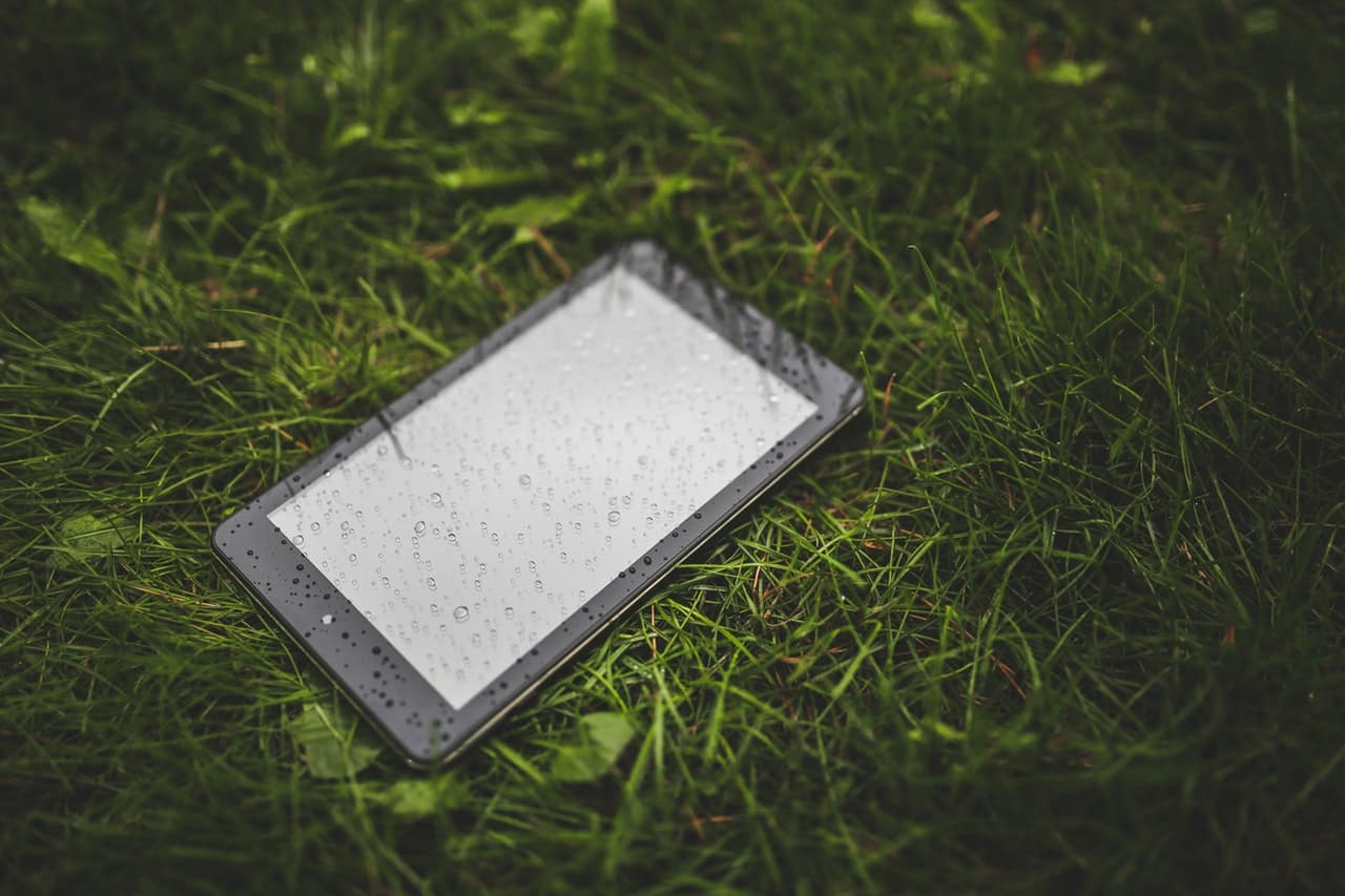 water damaged phone image